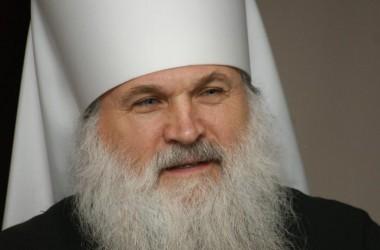 Глава Среднеазиатского митрополичьего округа митрополит Викентий  привез в Волгоград святыни.