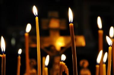 Заупокойные службы по жертвам прошлогодних терактов прошли в Волгограде