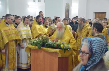 2 января Божественная литургия в храме праведного Иоанна Кронштадского