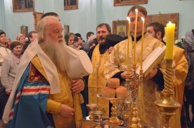 Всенощное бдение в Свято-Духовом монастыре. 21 февраля 2015 года.
