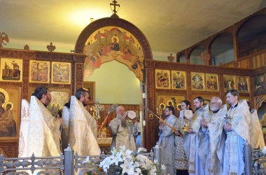 Литургия свт. Василия Великого в Свято-Духовом монастыре (11 апреля 2015 года)