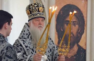 Литургия преждеосвященных даров в храме святых мучениц Веры, Надежды, Любви и Софии (6 апреля 2015 года).