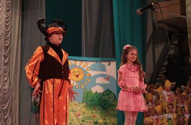 Пасхальный праздник «Дети для детей», организованный приходом святого праведного Иоанна Кронштадтского, прошел 17 апреля 2015 года
