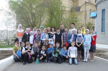 Интеллектуальная игра для детей «Пасха Красная» в храме святого праведного Иоанна Кронштадтского (3 мая 2015 года)