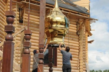 Душевный русский выходной: построить храм!
