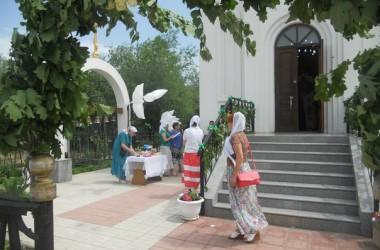 Праздничные мероприятия в день Святой Троицы на приходе святого адмирала Феодора Ушакова
