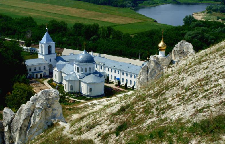 Приглашаем посетить святые места в июле