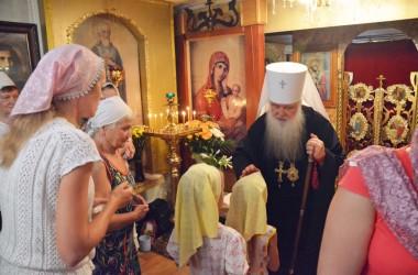 9 августа митрополит Волгоградский и Камышинский Герман совершил Божественную литургию в Свято-Пантелеимоновском храме