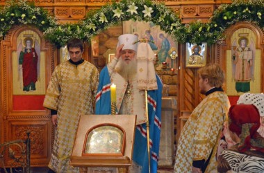 Митрополит Волгоградский и Камышинский Герман совершил Всенощное бдение в Спасо-Преображенском храме