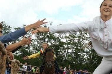 Состоялись соревнования Открытого Кубка КСК «Застава» по джигитовке
