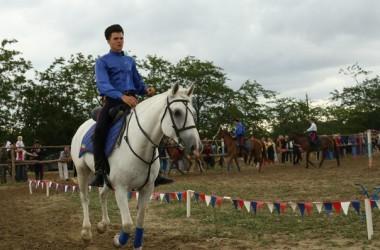 В Волгограде прошли соревнования Открытого Кубка казачьего конно-спортивного клуба «Застава»
