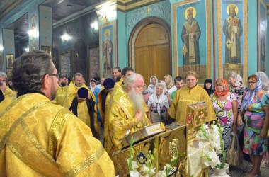 5 сентября митрополит Волгоградский и Камышинский Герман совершил Всенощное бдение в Казанском соборе