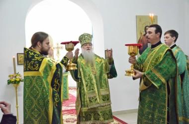 Тринадцатого марта митрополит Волгоградский и Камышинский Герман совершил Божественную литургию в Иоанно-Кронштадтском храме