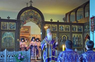 В субботу первой седмицы Великого поста митрополит Волгоградский и Камышинский Герман совершил Божественную литургию