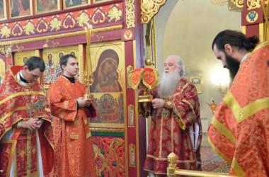 В праздник обретения главы Иоанна Предтечи, митрополит Волгоградский и Камышинский Герман совершил Божественную литургию