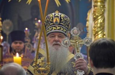 Третьего апреля митрополит Волгоградский и Камышинский Герман совершил литургию Василия Великого в Казанском соборе