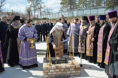 Состоялась закладка первого камня в фундамент Александро-Невского собора