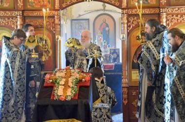 6 апреля митрополит Волгоградский и Камышинский Герман совершил Литургию Преждеосвященных Даров в Богоявленском храме