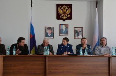 Священник принял участие в заседании круглого стола УФСИН