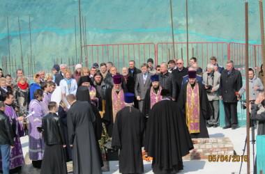 В Волгограде заложили первый камень в фундамент храма Александра Невского