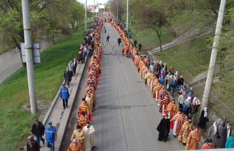 Крестный ход — это совместное свидетельство о христианской вере