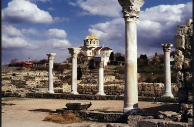 Приглашаем посетить святые места Крыма