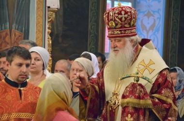 В канун празднования перенесения мощей святителя Николая митрополит Волгоградский и Камышинский Герман совершил Всенощное бдение