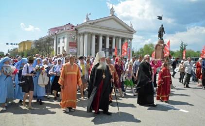 В День Победы в Волгограде состоялся крестный ход