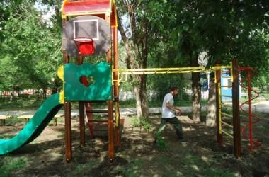 На приходе святого адмирала Феодора Ушакова появилась детская игровая площадка