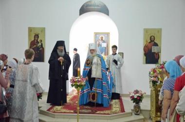Божественная литургия в день престольного праздника храма св. прав. Иоанна Кронштадтского