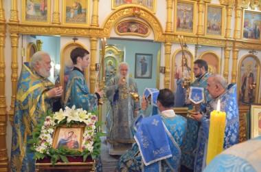 Божественная литургия в день празднования Урюпинской иконе Божией Матери