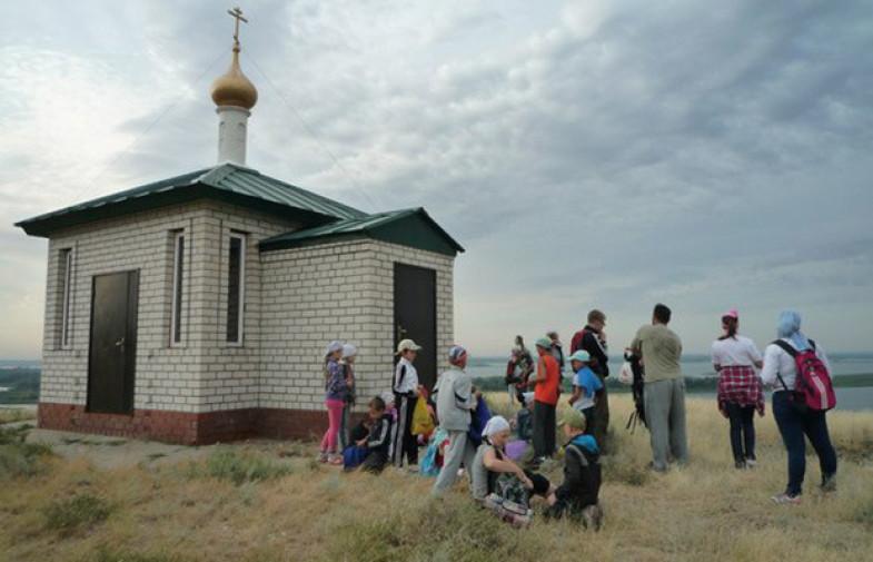 «Мест, где семьи могут отдохнуть и помолиться вместе, не так много»