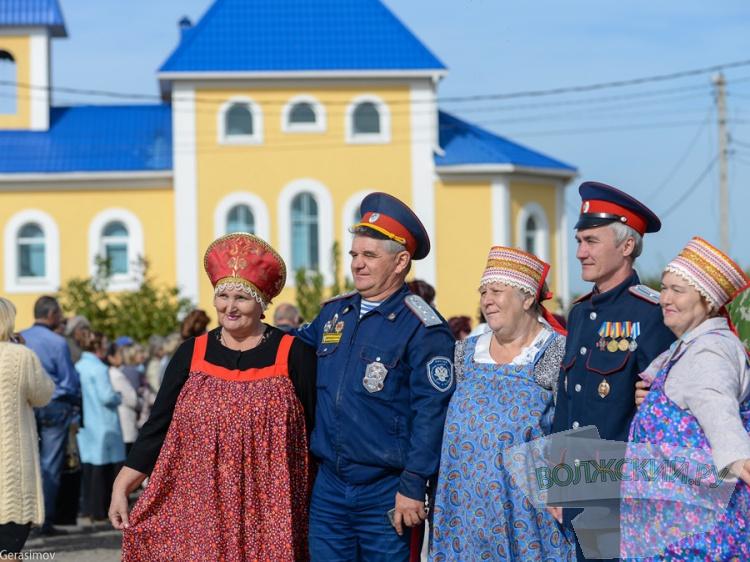 volzsky-ru-oktoberfest-po-volzhski-fotootchet-so-ii-go-konstantinovskogo-festivalya