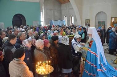 Божественная литургия в праздник образа Пресвятой Богородицы «Знамение»