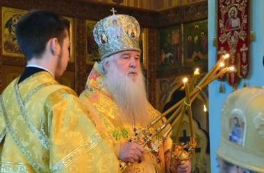 Божественная литургия в день празднования святому благоверному князю Александру Невскому