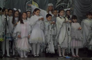 Православный семейный театр «Красное солнышко» показал спектакль для учеников средней школы № 54
