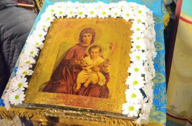 Утреня с чтением Акафиста Пресвятой Богородице в Казанском соборе