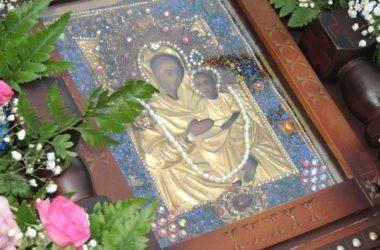 Волгоградские верующие смогут поклониться чудотворному образу Урюпинской Божией Матери