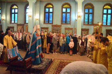 Божественная литургия в Свято-Духовом монастыре