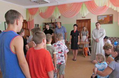 Волгоградский священник побеседовал с трудными подростками о вреде наркомании