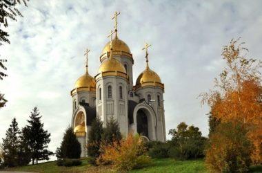Богослужение на главной высоте России прошло в день юбилея Мемориального комплекса «Героям Сталинградской битвы»