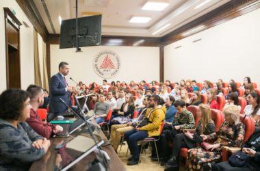 В.Р. Легойда: Мы должны делиться с молодежью своими ценностями, а не поучать ее