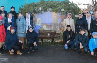 В храме Иоанна Кронштадтского прошла рождественская встреча молодежи
