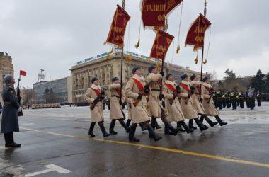 Священник Георгий Лазарев посетил репетицию парада в честь 75-летия победы в Сталинградской битве