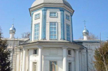 Божественная литургия в престольный праздник храма преподобного Никиты Мидикийского