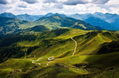 Приглашаем к святыням Абхазии