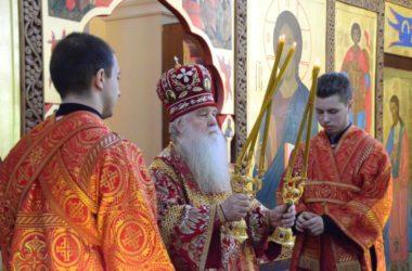 Божественная литургия в день престольного праздника храма вмч. Георгия Победоносца