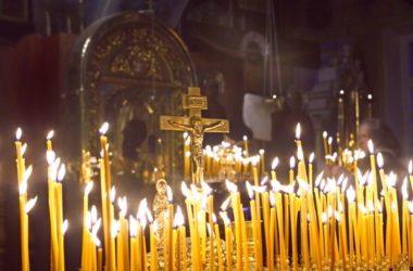 В Волгоградской епархии молились о погибших в грозненском храме Михаила Архангела