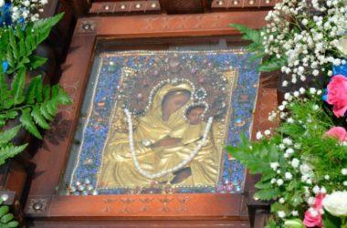 Викарий Волгоградской епархии принимает участие в торжествах в честь Урюпинского чудотворного образа Пресвятой Богородицы