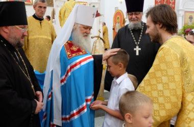 Торжественное богослужение в день празднования 1030-летия Крещения Руси